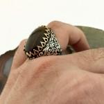 925 Ayar Gümüş Kaplan Gözü Taşlı Bronz Tırnaklı Erkek Yüzük