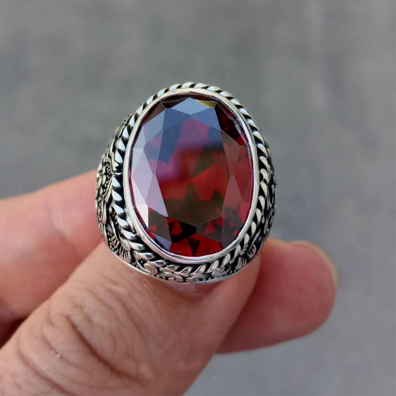 925 Ayar Gümüş Kırmızı Garnet Taşlı Kuş Motifi İşlemeli Erkek Yüzük