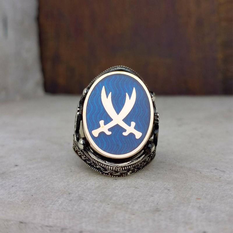 925 Ayar Gümüş Mavi Mineli Hz. Ali Kılıcı Zülfikar İşlemeli Erkek Yüzük