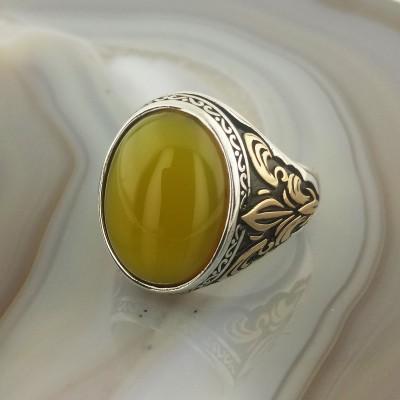 925 Ayar Gümüş Sarı Taşlı Zambak İşlemeli Erkek Yüzük