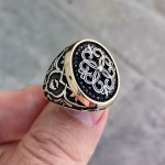 925 Ayar Gümüş Mikro Taşlı Yonca Desenli Erkek Yüzük