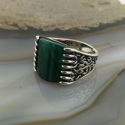 925 Ayar Gümüş Yeşil Akik Taşlı Alev Desenli Erkek Yüzük