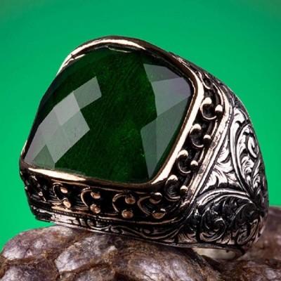925 Ayar Gümüş Yeşil Taşlı Kalem İşlemeli Erkek Yüzük