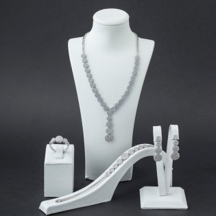 925 Ayar Gümüş Zirkon Taşlı Yuvarlak Model Set
